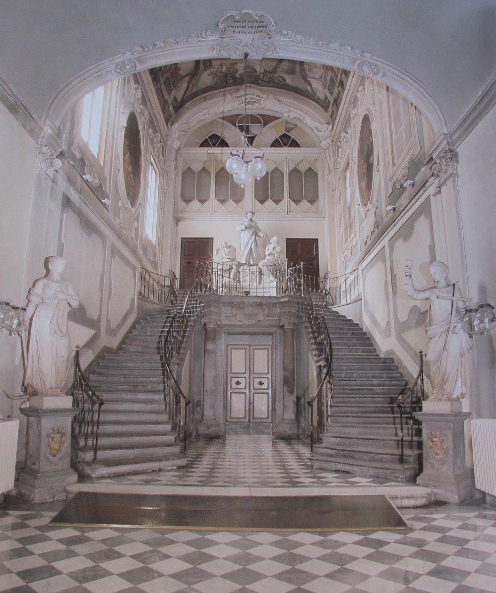The atrium of San Giovanni di Dio, a history-filled venue