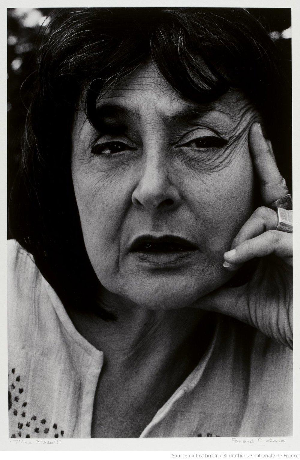 Una suggestiva fotografia di Maselli che richiama la sua interpretazione della Garbo.
