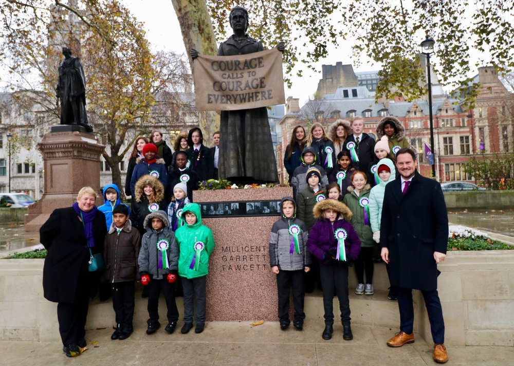 The children's choir with Stephen Morgan MP and Sue Beckett