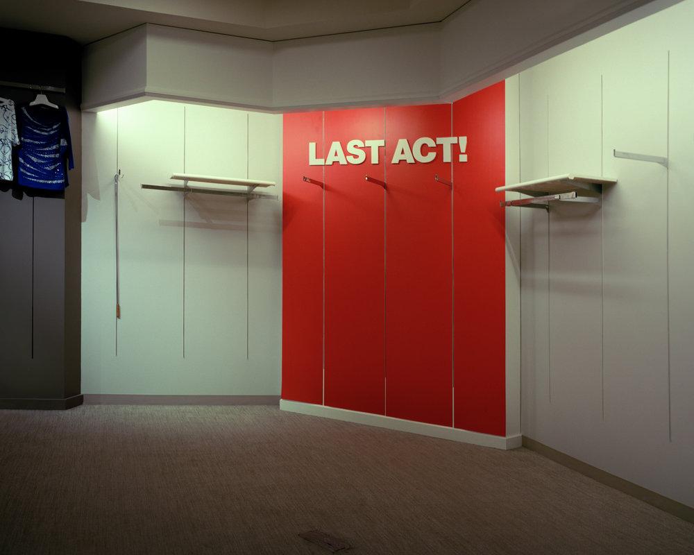 VA-LastAct.jpg