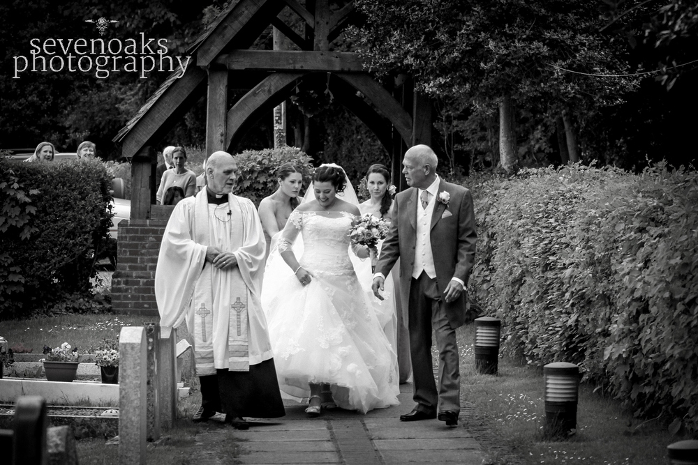 Sevenoaks documentary wedding photographer-79.jpg