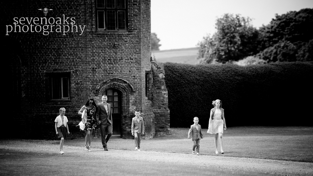 Sevenoaks documentary wedding photographer-88.jpg