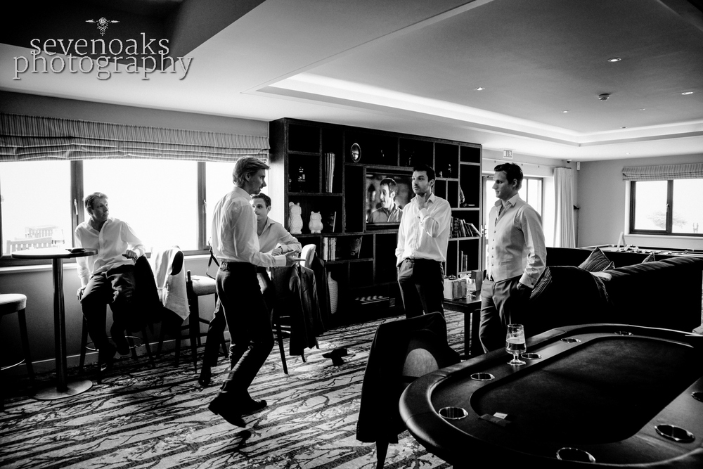 Sevenoaks documentary wedding photographer-103.jpg
