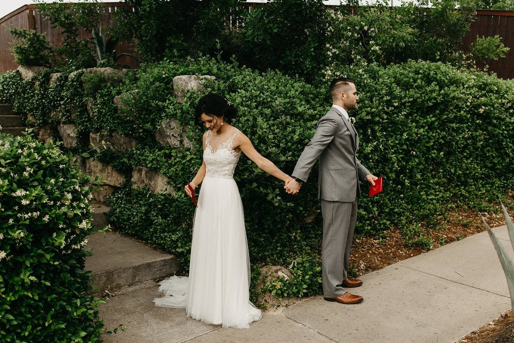 Wilderlove Co_Austin Texas_Vintage Villas Hotel_Wedding Photography_0017.jpg