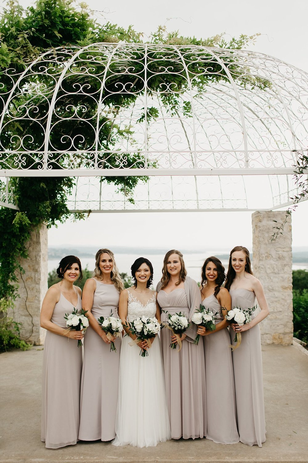 Wilderlove Co_Austin Texas_Vintage Villas Hotel_Wedding Photography_0022.jpg