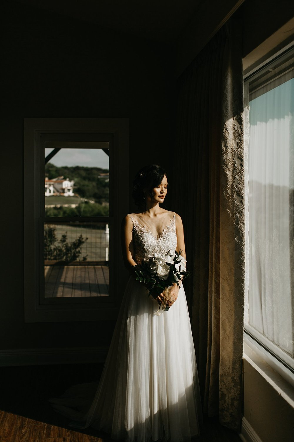 Wilderlove Co_Austin Texas_Vintage Villas Hotel_Wedding Photography_0025.jpg