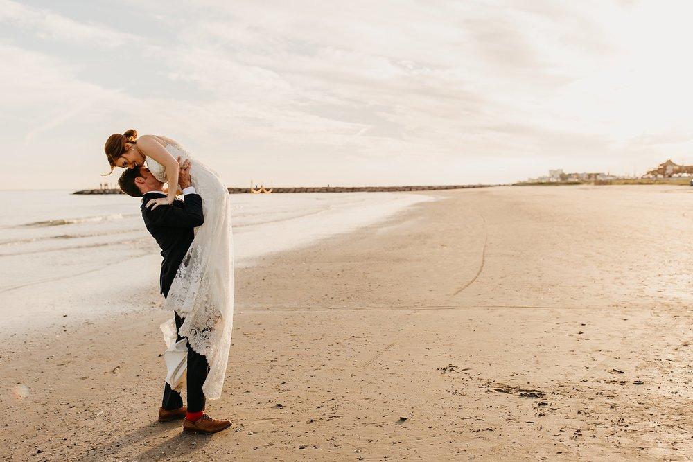 Wilderlove Co_GalvestonTexas_Garten Verein_Beach Wedding Photography_0071.jpg