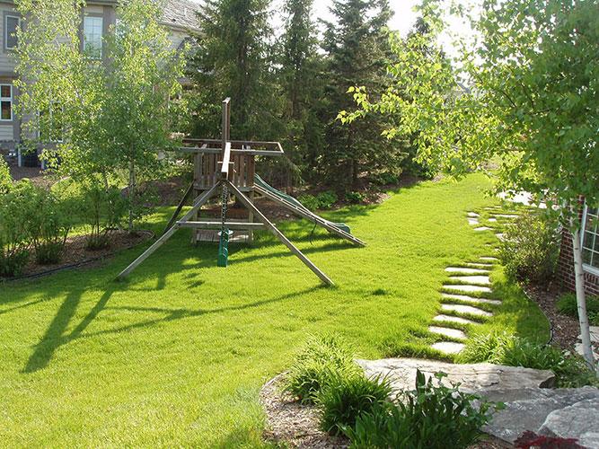 elmbrook-lawn-6.jpg