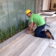 Manuel planting onsite