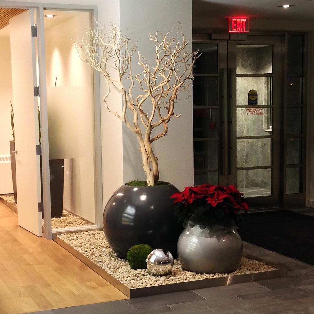 Roche Reception Globe with Poinsettia.jpg