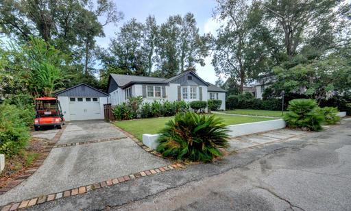 Charleston Home Rentals - 109 friend.jpg