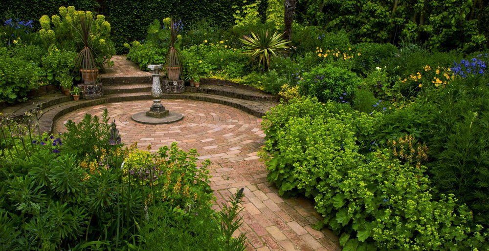 Brick patio at NT Hidcote Manor Garden. Image: Chris Denning/ Verve Garden Design