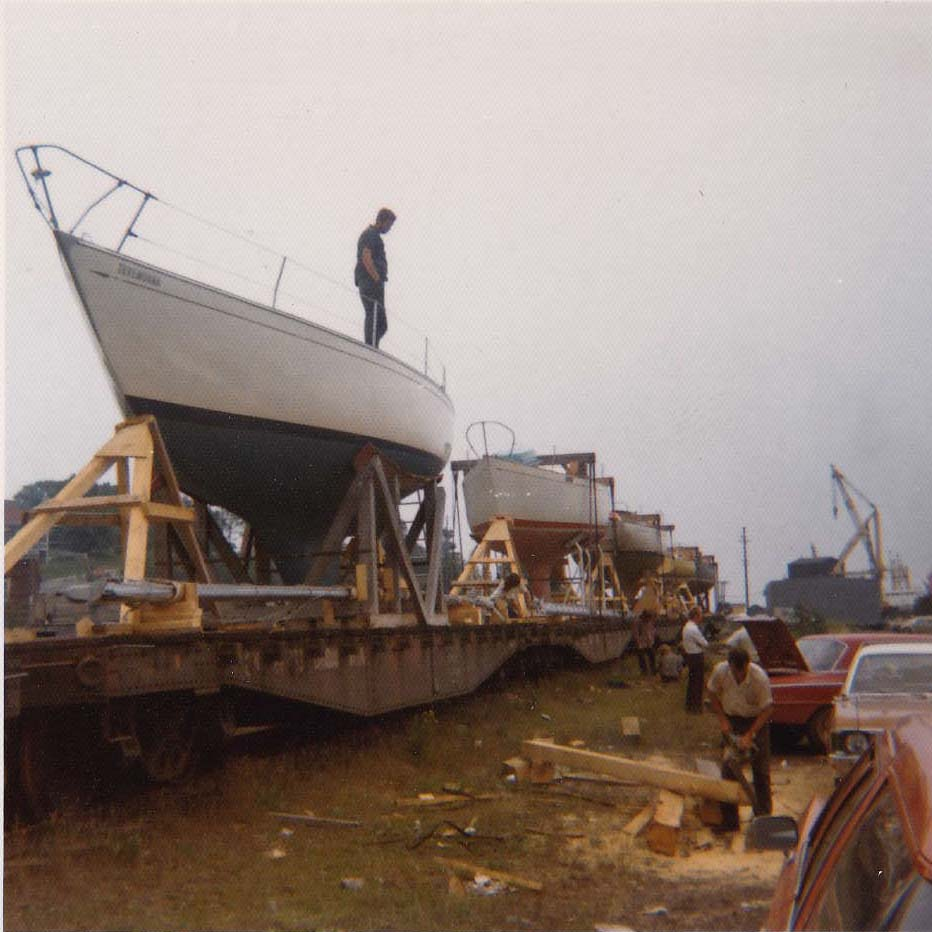 40_boat42.jpg
