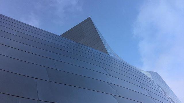 Bing sings but Walt dis'nay 🎵 . . #losangeles #architecture