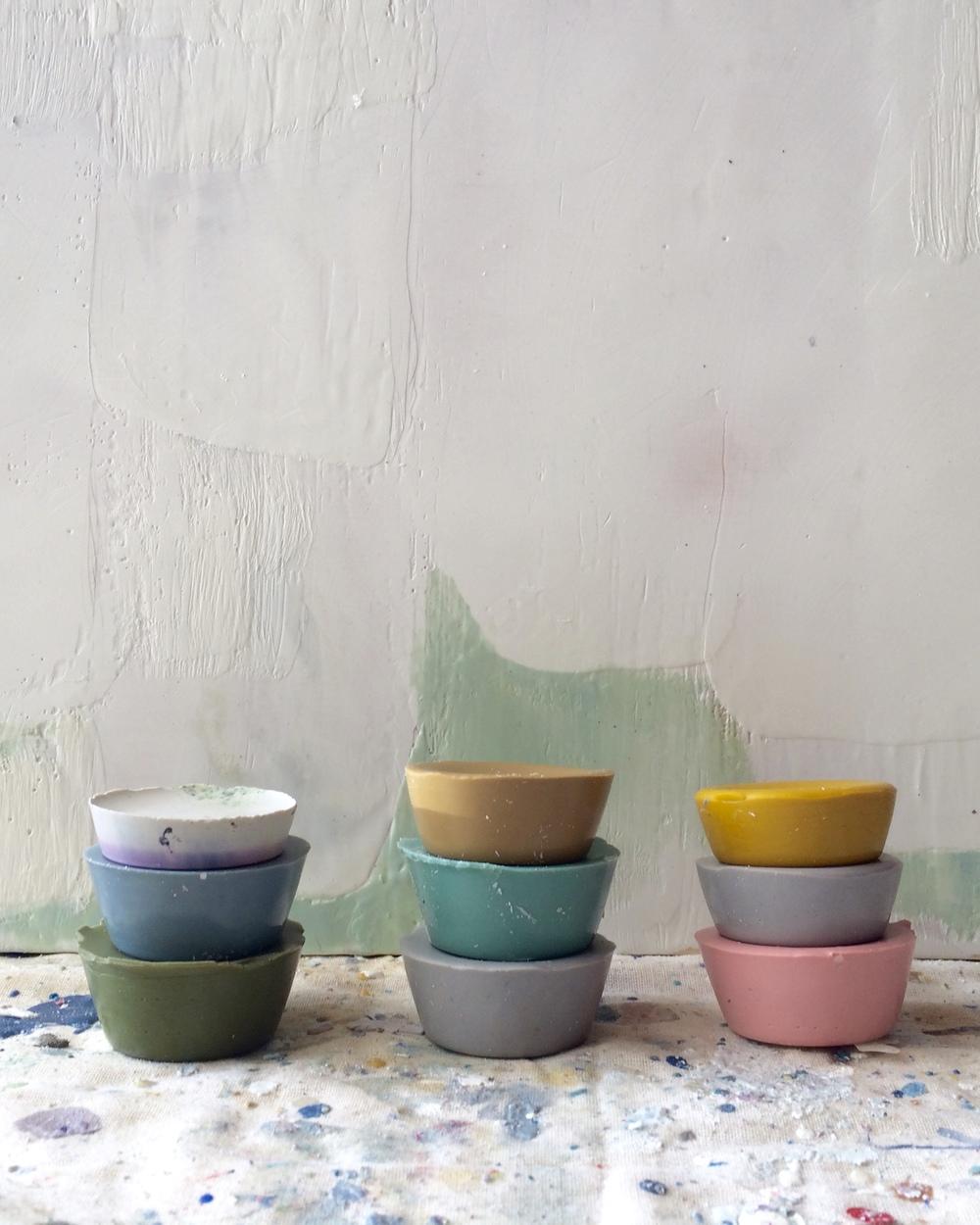 Encaustic pigments