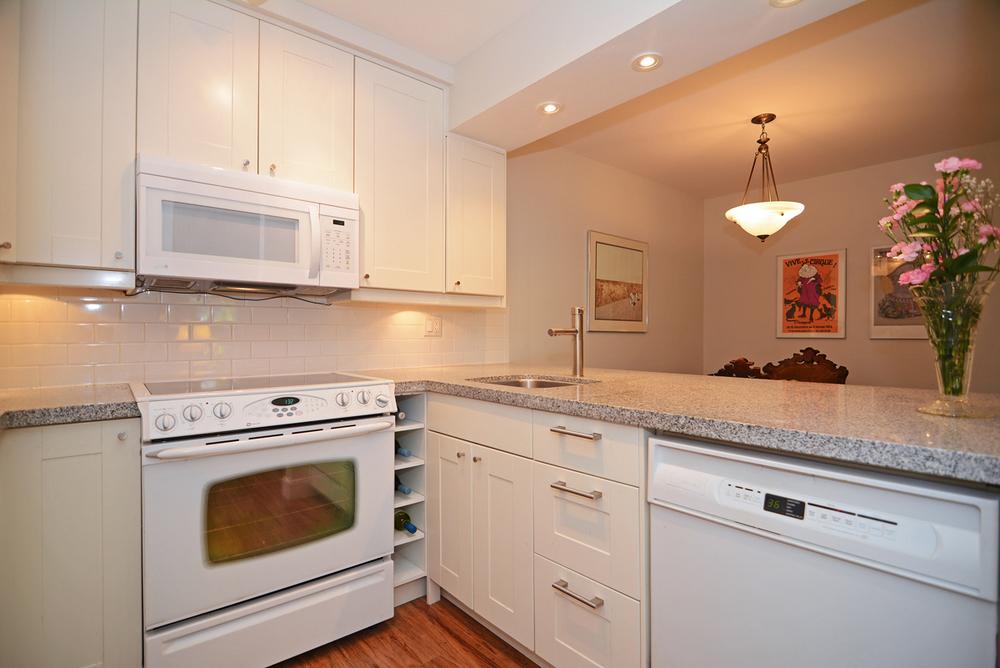 Kitchen Inside.jpg