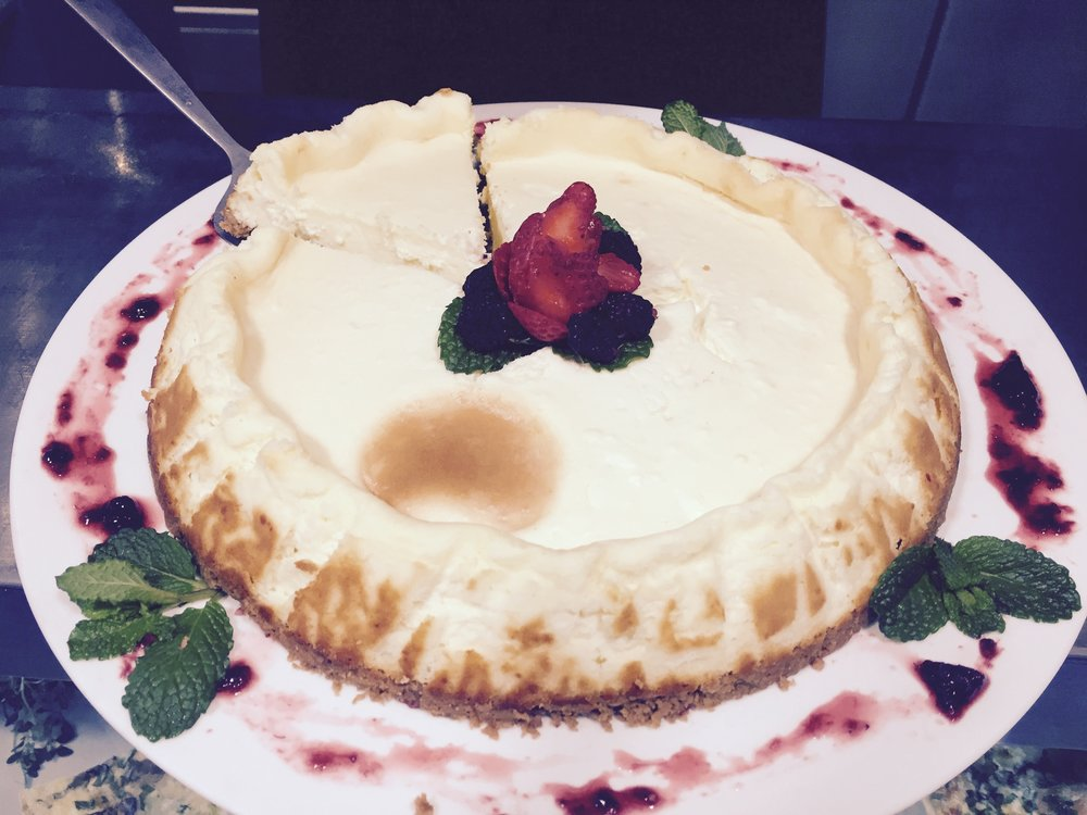 The incredible New York style Cheesecake of Petit Comité Rotisserie
