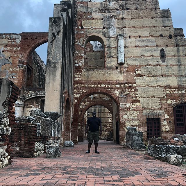 Here's a few pictures from my trip to Santo Domingo. I had so much fun and learned a lot about the culture of the Dominican people. Also the food was very delicious! #traveler #santodomingo #rd #dr