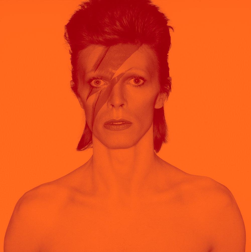 2018_David_Bowie_is_1_Album_cover_shoot_for_Aladdin_Sane_1973_v3_DRAFT_4_2000w.jpg