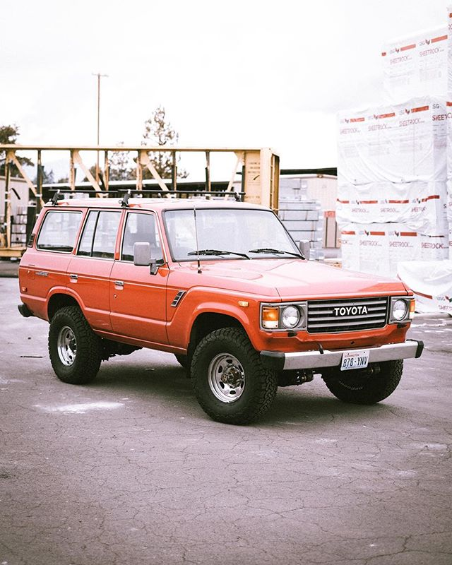 "@elskull brought the cleanest #fj60 we've worked on.  Purchased just two days prior to hitting our shop, it was in desperate need of suspension love and drivetrain upgrades.  H55f 5speed swap, tune-up and of course an Old Man Emu 2"" lift with some 33"" @bfgoodrichtires KO2 tires.  A 2000 mile trip back to Austin Texas was a fitting test. (Sorry Laura, had to throw that last shot in there 🌵)"