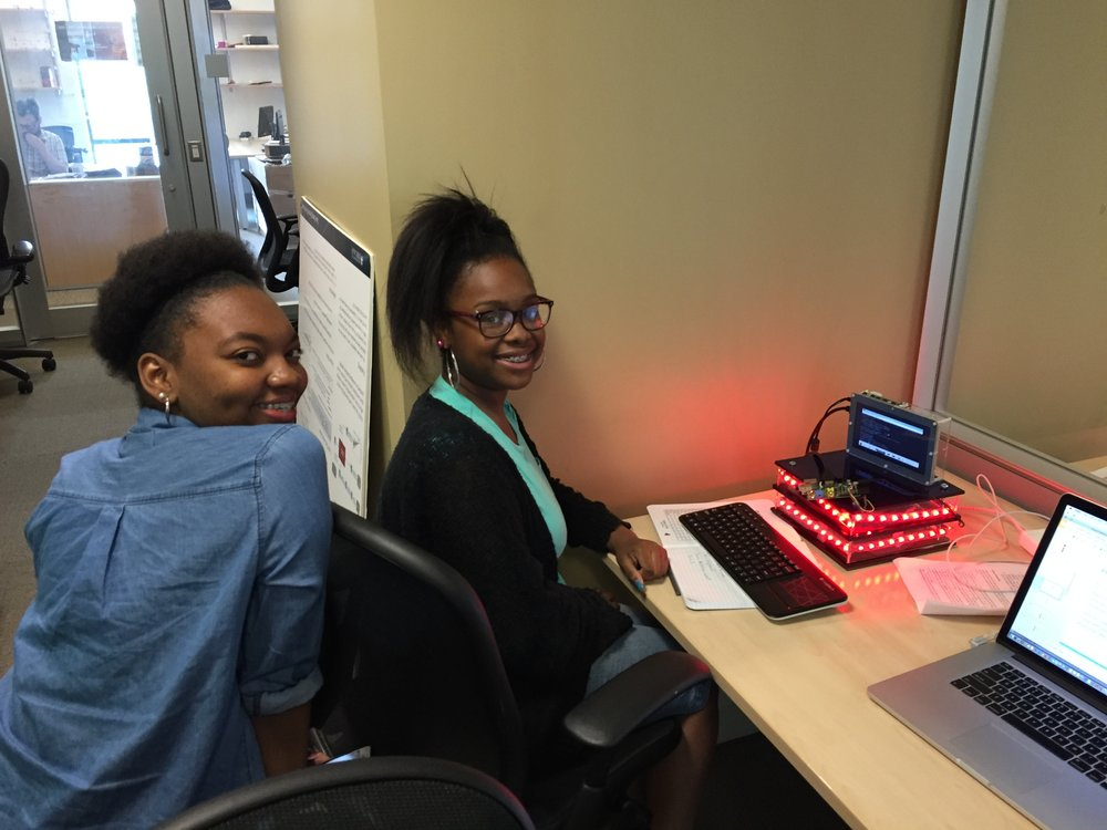 Summer High School Interns (Woodlawn, CPS) working on Smart Lamp (Old Version)