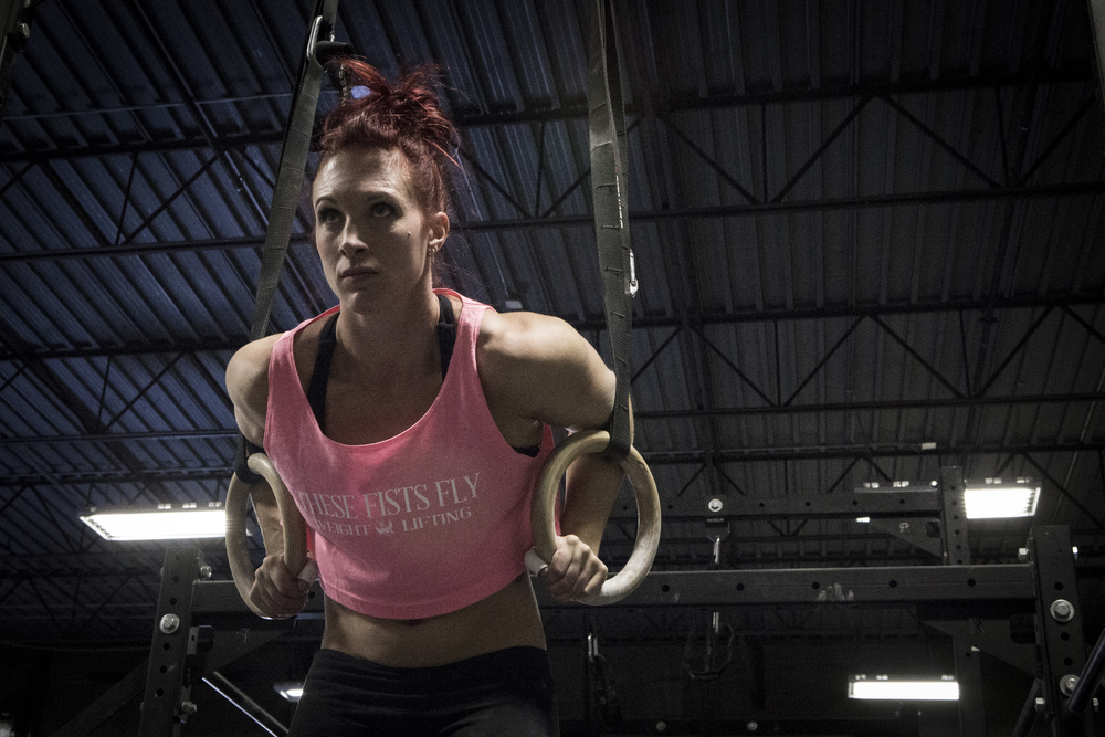 RETURNING 2016 , 4 TIMES CROSSFIT REGIONAL GAMES COMPETITOR