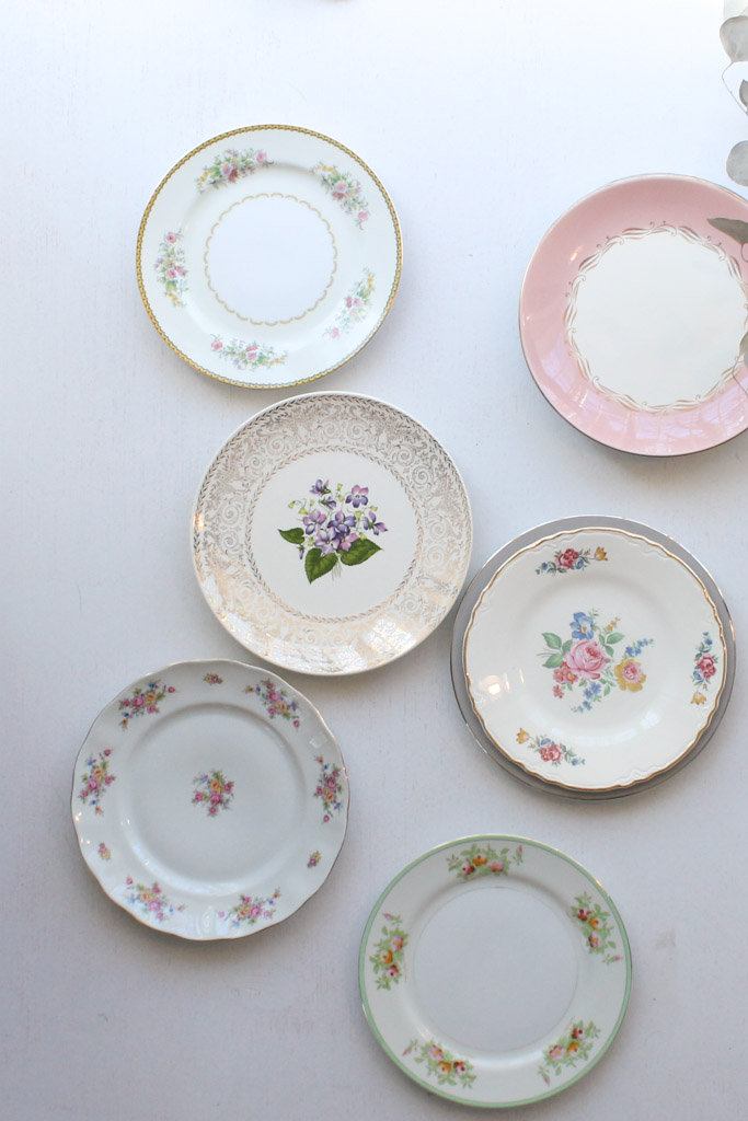 & Southern VintageVintage ChinaClassic Collection. Plates