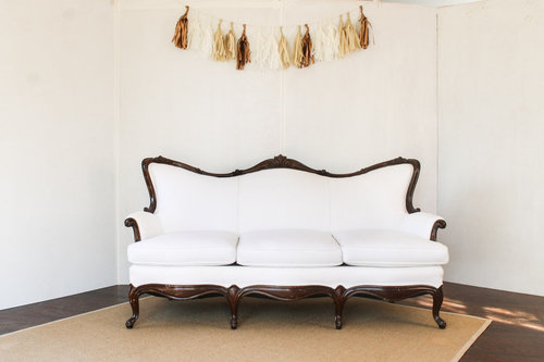 white vintage couch. Perfect Vintage White Vintage Couch Sofa Southern Rentaljpg G For Couch D