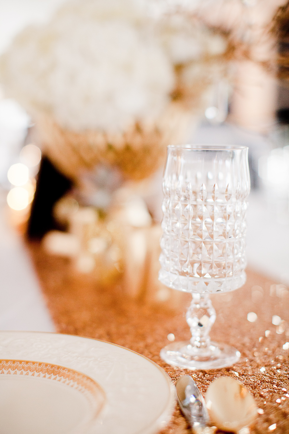 Nichole and Steven's glittery gold glam wedding at  Morgan View Farm  with Southern Vintage gold collection china, gold flatware and clear stemware. Photo by  Jenny Evelyn .
