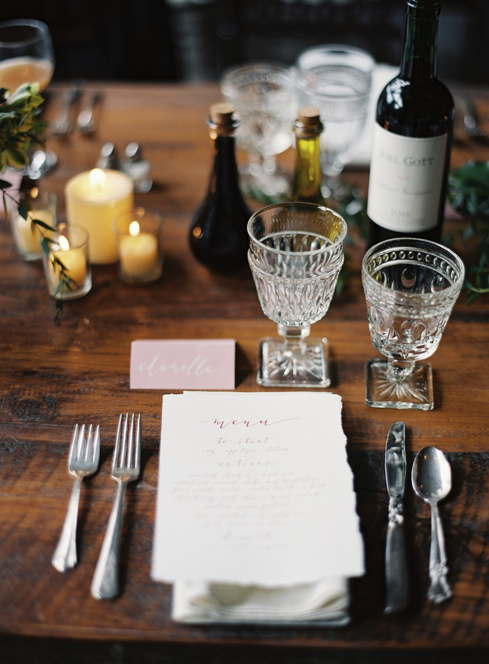 The table settings were simple and elegant with Southern Vintage silver flatware and clear pressed glass wine glasses and water goblets. Love, love, love....