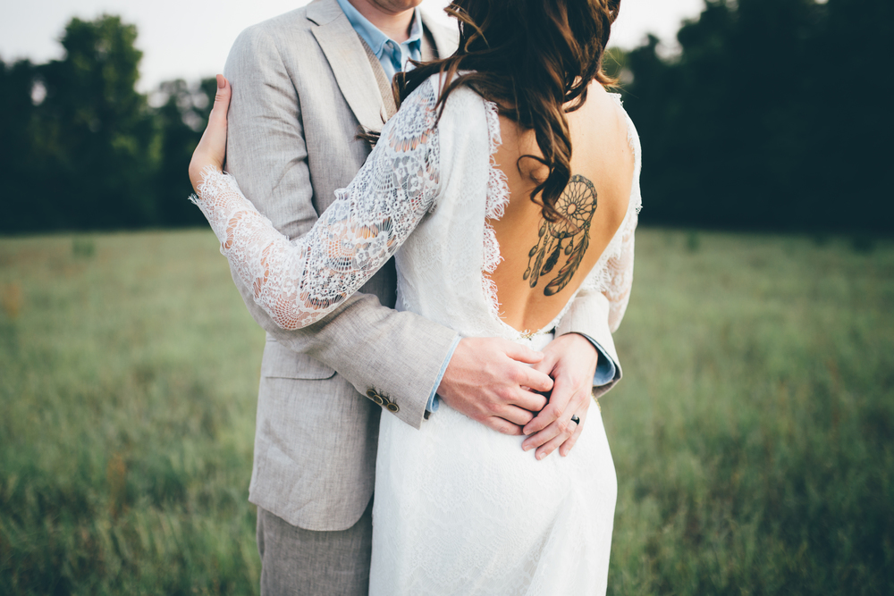boho wedding couple