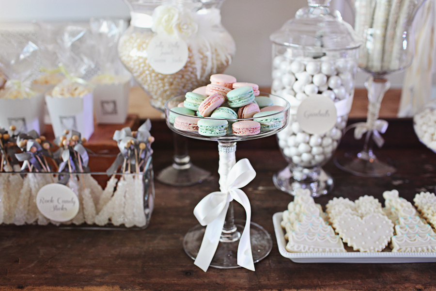 Southern Vintage Rustic White Candy Bar