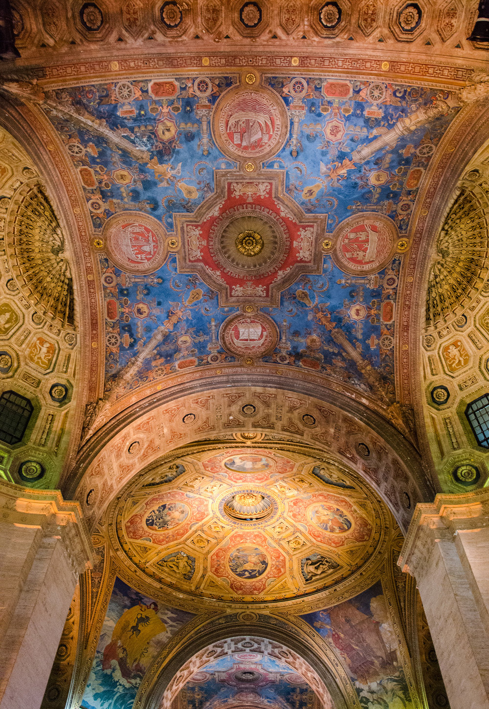 Beautiful ceiling of the Cunard Building in Lower Manhattan, NYC. Originally opened in 1921.
