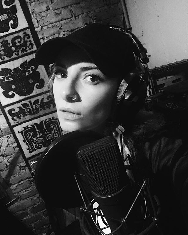 VOX . . . . . . . #thelivinggodsofhaiti  #tlgoh  #bekimari  #recordingartist  #paris  #newmusic  #indieartist  #womeninmusic  #supportmusic  #undergroundmusic  #musiclovers  #blackandwhite #blackandwhitephotography  #musicphotography  #bnwmood  #simply_noir_blanc  #bnw #avantgarde #lensculturetalent #artistsoninstagram  #artists #vintagelens #lenscultureportraits #ig_street #portraits #lensculture #instagood  #portraitmood #synths  #electronicmusic