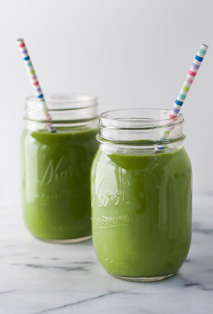 Spinach-Apple-Detox-Smoothie-4.jpg