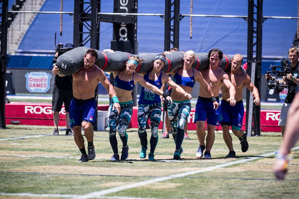 2016 CrossFit Games Champions - Team CrossFit Mayhem Freedom