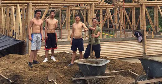 Before being returned back to society some of the boys at Hogares Claret can learn earth-building skills that will help them in their future careers.