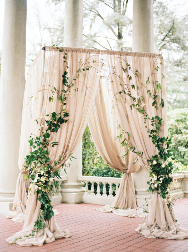 elegant-greenery-and-blush-wedding-arch-ideas.jpg