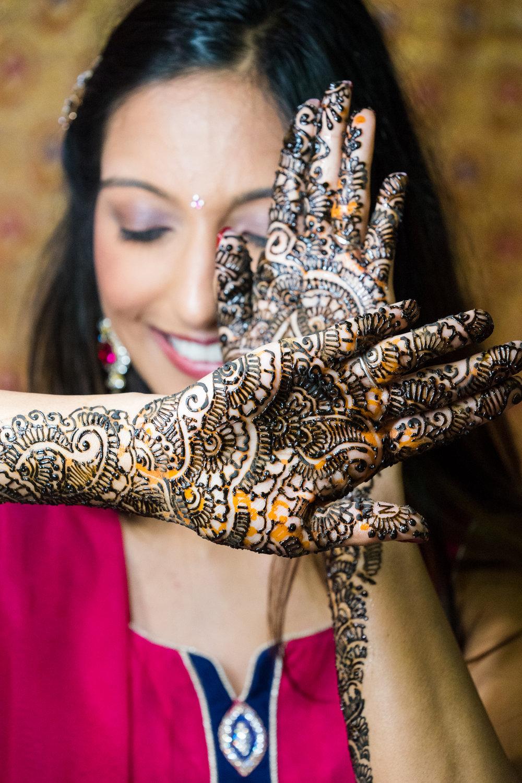ReeyaAman-Wedding-Photography-www.MnMfoto.comMnMfoto-Krishna-Sajan-16.jpg