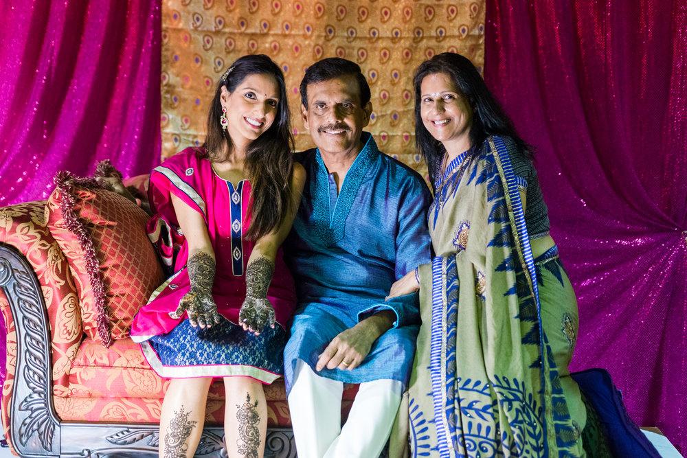 ReeyaAman-Wedding-Photography-www.MnMfoto.comMnMfoto-Krishna-Sajan-23.jpg
