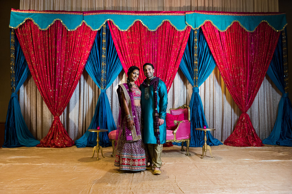 ReeyaAman-Wedding-Photography-www.MnMfoto.comMnMfoto-Krishna-Sajan-300.jpg