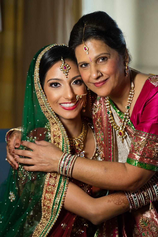 ReeyaAman-Wedding-Photography-www.MnMfoto.comMnMfoto-Krishna-Sajan-767.jpg