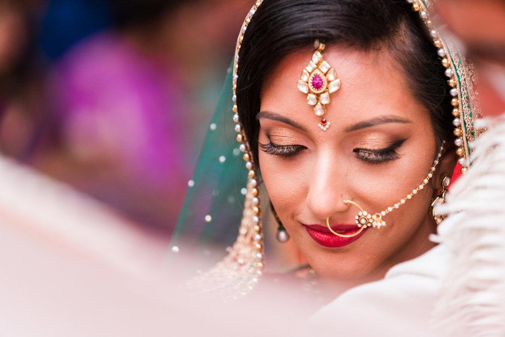 ReeyaAman-Wedding-Photography-www.MnMfoto.comMnMfoto-Krishna-Sajan-1063.jpg