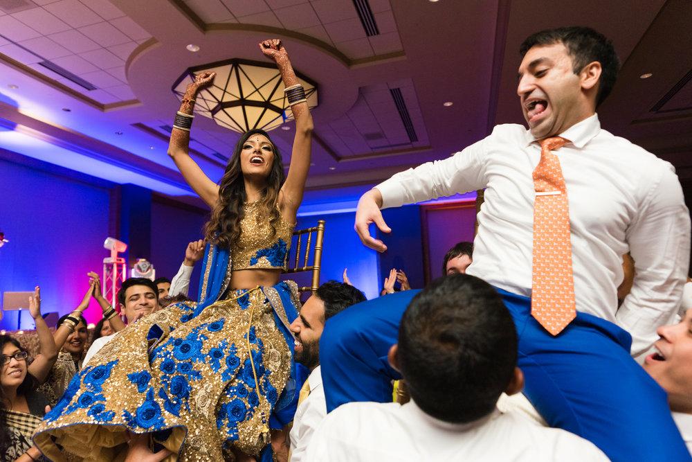 ReeyaAman-Wedding-Photography-www.MnMfoto.comMnMfoto-Krishna-Sajan-1847.jpg