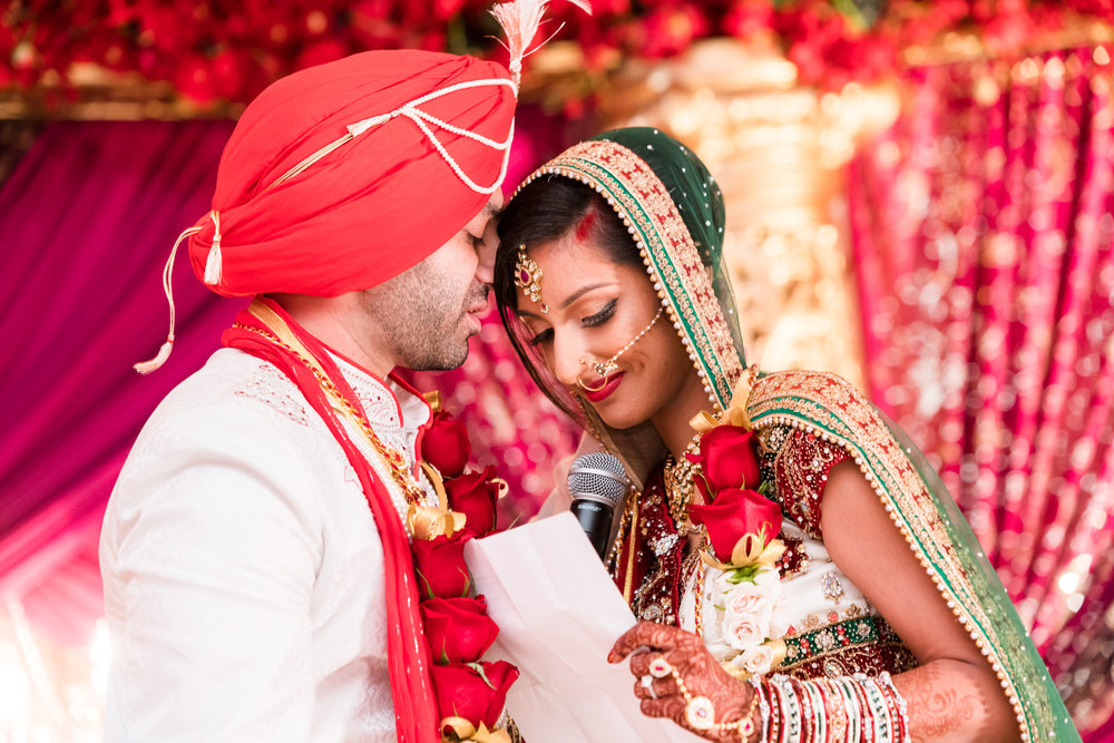 ReeyaAman-Wedding-Photography-www.MnMfoto.comMnMfoto-Krishna-Sajan-1162.jpg