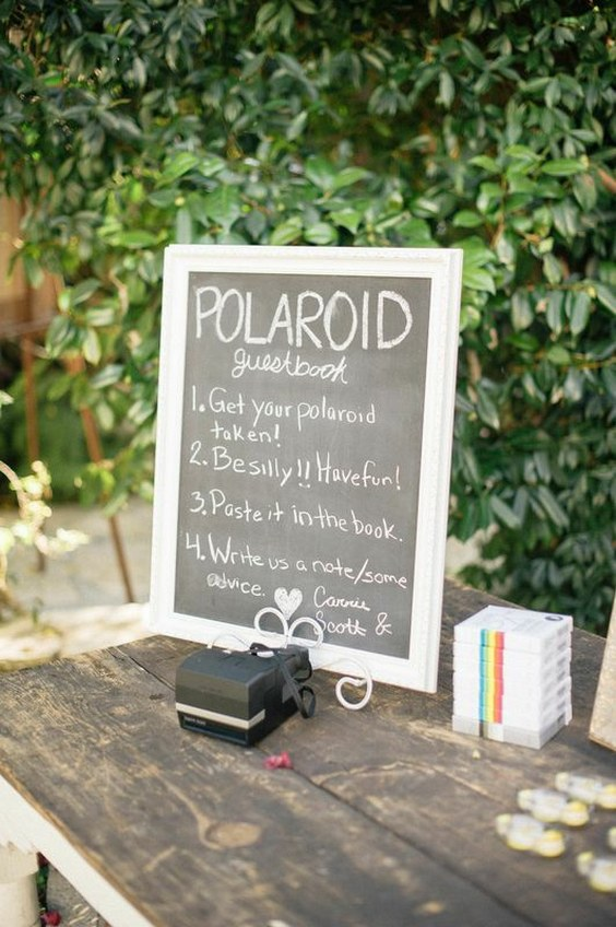 polaroid-wedding-guest-book-idea.jpg