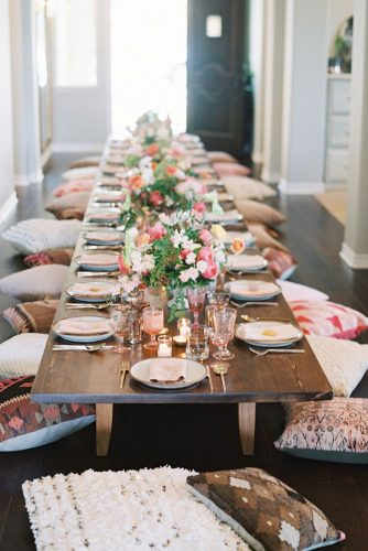 wedding-trends-2019-low-boho-table-with-flowers-and-pink-eclectic-glasses-carmensantorelliphoto-334x500.jpg