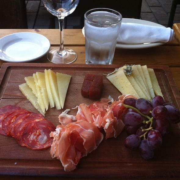 barcelona charcuterie (photo courtesy of foodspottingcom)