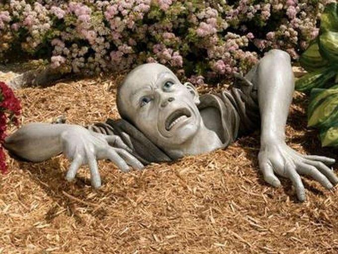 skymall zombie garden statue.JPG
