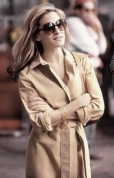 carrie-bradshaw-trench-dress.jpg